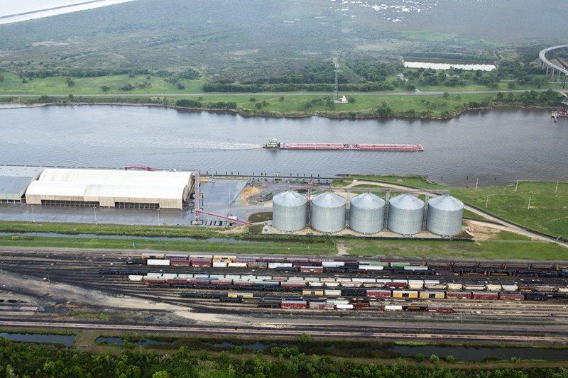 Terminal and Silos - Port of Port Arthur